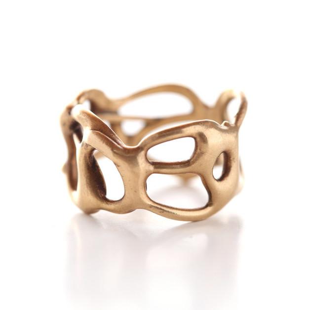 Interview: Ann Chikahisa, Jewelry Designer of Chikahisa Studio
