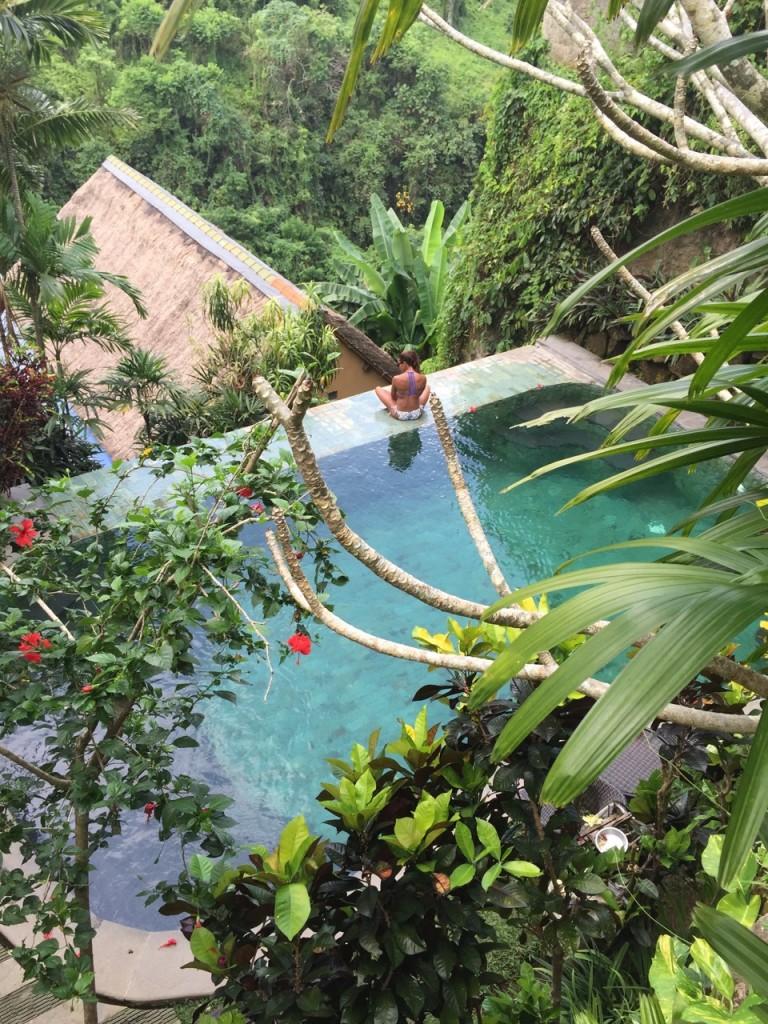 bali-indonesian-island-pool-707ave-8